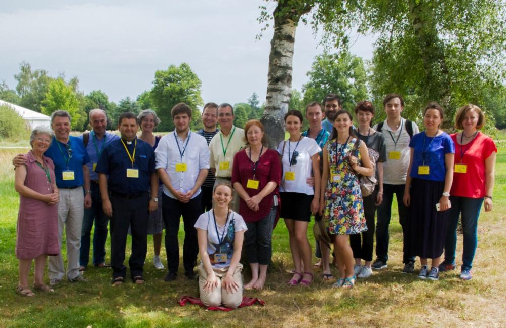 Quelques-uns de nos séminaristes ont participé à une session de la Communauté de l'Emmanuel à Paray-le-Monial