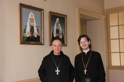 Visite au séminaires de trois abbés bénédictins