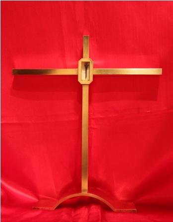 Le séminaire reçoit en don le reliquaire avec l'épine de la Sainte Couronne du Seigneur