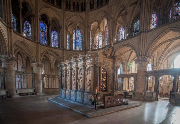 Pèlerinage du Séminaire à Reims: liturgie auprès des reliques de saint Rémi, acathiste à la cathédrale et prière pour les soldats