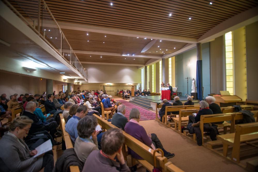 Les conférences de Carême du recteur à Saint-Léon à Paris se sont terminées par les vêpres avec les séminaristes