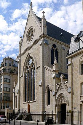 Veillée de prière à la chapelle Notre-Dame-du-Saint-Sacrement à Paris