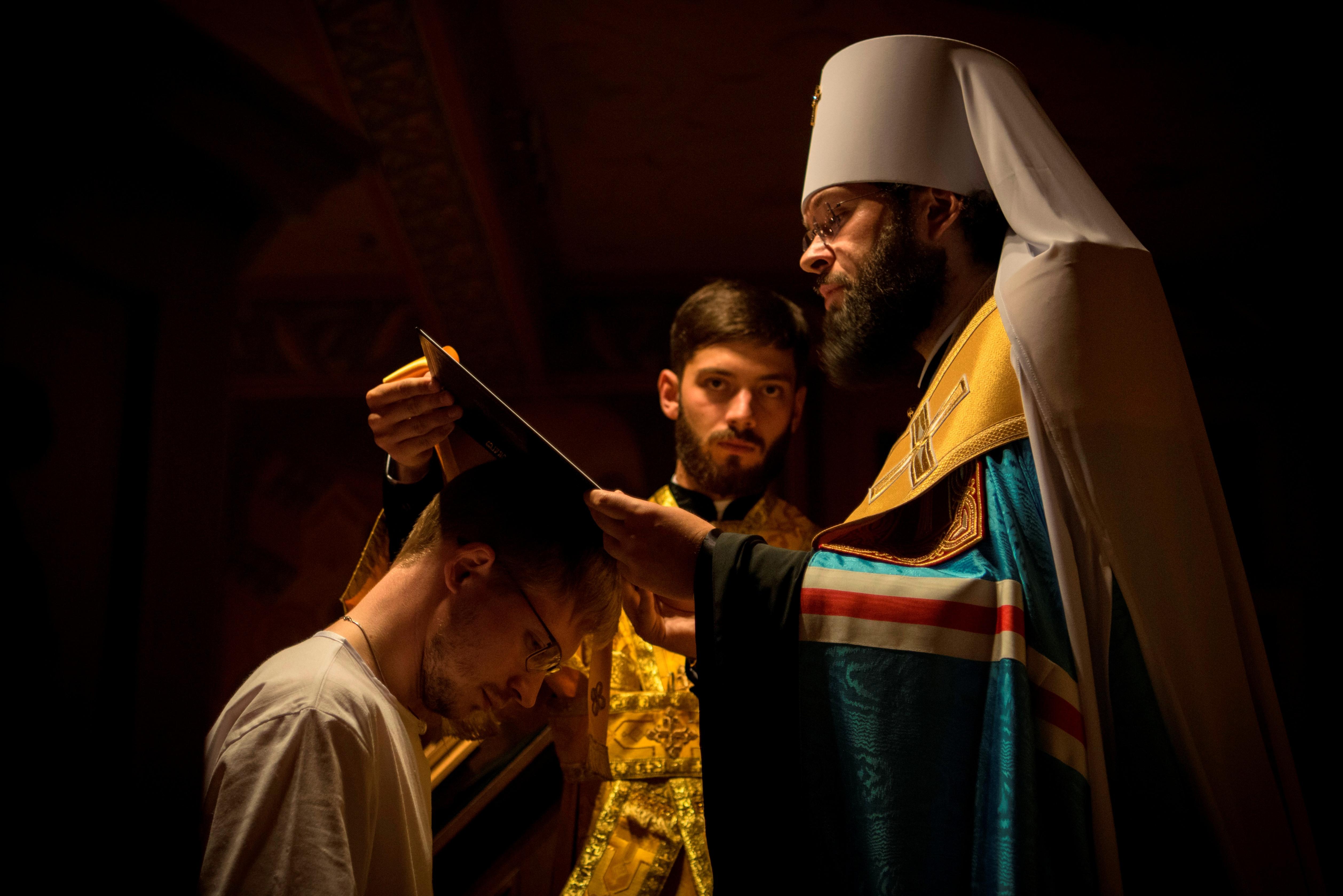 Sergey Volkov tonsuré moine avec le nom de Denis