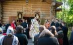 Liturgie avec l'évêque Nestor le jeudi de la semaine pascale