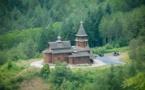 Photographies de la liturgie du 23 juillet dernier à l'église en bois de Sylvanès