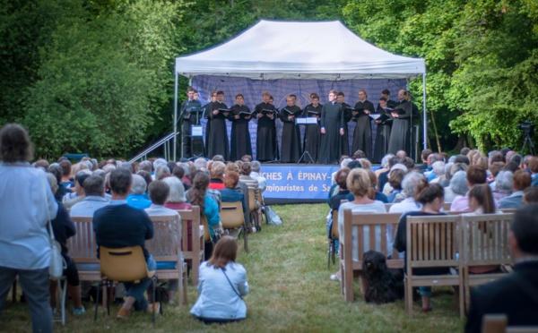 VIDÉO: Chants populaires russes. Concert du choeur des séminaristes de Saint-Pétersbourg. Partie 1