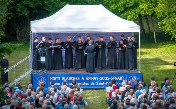 VIDÉO: Chants populaires russes. Concert du choeur des séminaristes de Saint-Pétersbourg. Partie 2